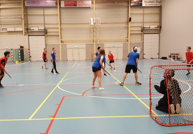 'Skillsweek' floorball Nova College Haarlem